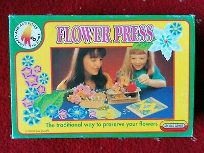 Spear's Games Flower Press In Box Vintage Art Craft Retro Game Collector UK Made