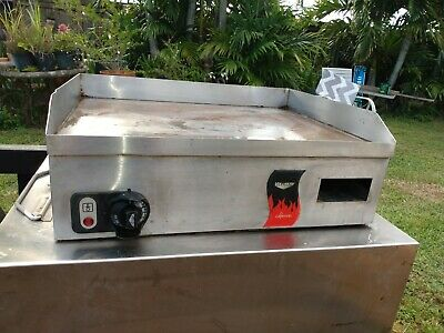 """VOLLRATH 40716 Cayenne 24"""" Countertop Electric Flat Top Griddle 220V PICKUP"""