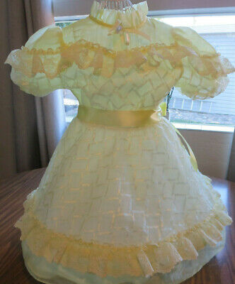 Vintage Sheer Lace Pale Yellow Little Girl Dress 6X