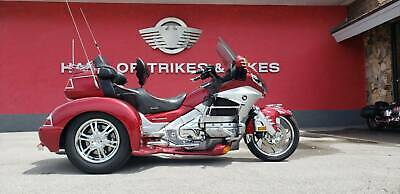 2012 HONDA Gold Wing  2012 HONDA GOLDWING, RED/ SILVER with 53,708 Miles available now!