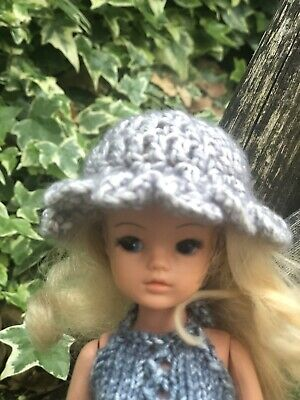 Hand Knitted Doll Clothes For Barbie / Sindy / Bratz Grey Wide Brimmed Hat