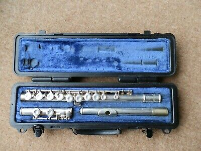 Selmer USA Flute - 1206 with hard case