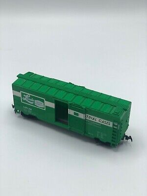 MODEL POWER #2176 HO SCALE METAL BOX CAR LINDE-UNION CARBIDE NEW IN BOX