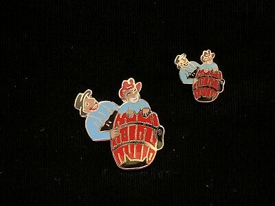 hat pin Lot of 2 lapel 1980/'s Vintage Mafco Cowboy Steer Wrestling Red//Yellow