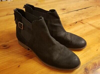 Eminent Ebony Suede Size 6 New Franco Sarto Suede Booties with Buckle