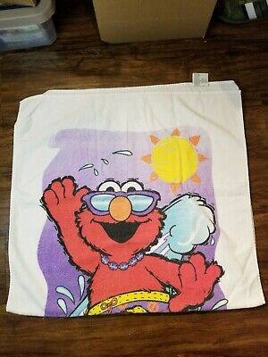 Licensed Sesame Street Elmo and Lola Sandcastle Fiber Reactive Beach//Bath Towel