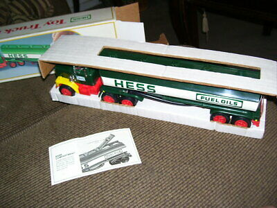 1984 HESS toy truck bank Vintage