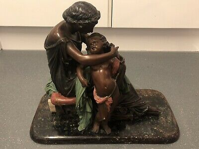 Auguste 1912 Women and Child figures