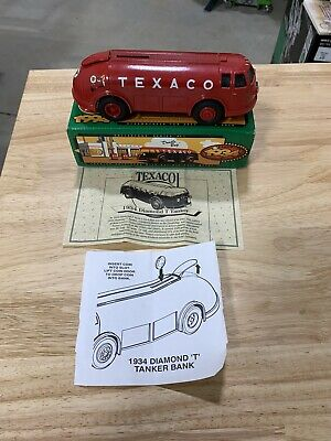 1934 Texaco Doodle Bug Diamond T Tanker Locking coin bank with key Die Cast