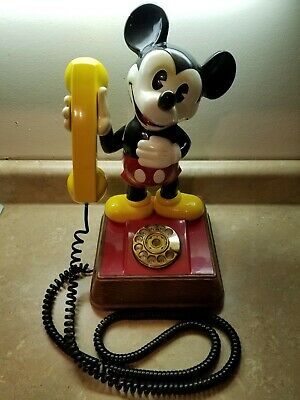 Vintage 1976 The Mickey Mouse Push Button Telephone With Original Box