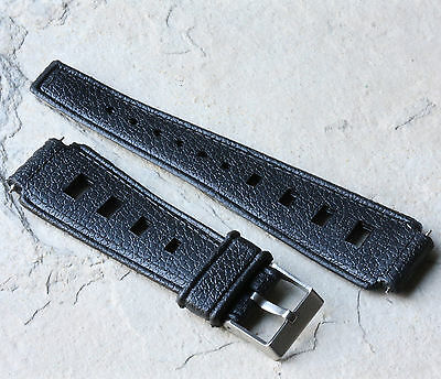 Thick 19mm Tropic band style for big vintage dive watch
