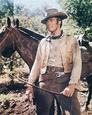 CLINT EASTWOOD AS ROWDY YATES FROM RAWHIDE 8X10 PHOTO Nice image 216161