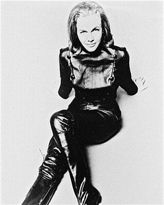 HONOR BLACKMAN 8X10 PHOTO lovely photo 15303