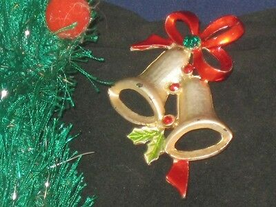 GOLDTONE SHINY ENAMELS & CRYSTALS 2 BELL CHRISTMAS PIN!