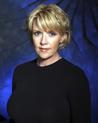 AMANDA TAPPING 8x10 Photo nice pic 269218