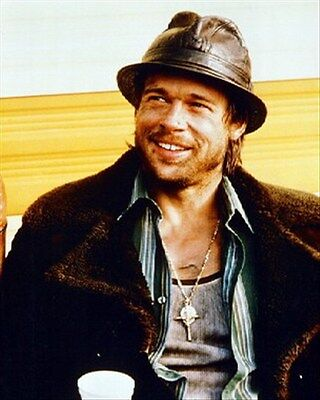 BRAD PITT AS MICKEY O'NEIL FROM SNATCH. 8x10 Photo beautiful pic 249942