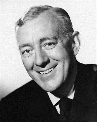 ALEC GUINNESS 8x10 Photo nice pic 179631