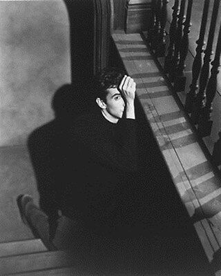 ANTHONY PERKINS AS NORMAN BATES FROM PSYCHO 8x10 Photo iconic pic 174704