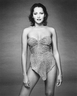 BARBARA CARRERA 8x10 Photo classic photo 174090