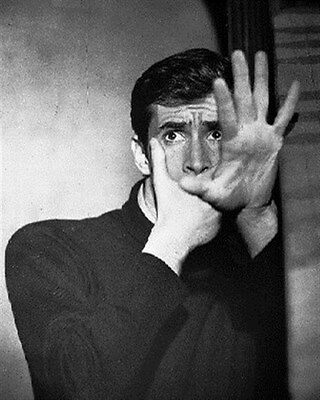 ANTHONY PERKINS AS NORMAN BATES FROM PSYCHO 8x10 Photo iconic photo 172577