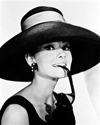 AUDREY HEPBURN AS HOLLY GOLIGHTLY FROM BREAK 8x10 Photo lovely image 160073