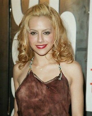 BRITTANY MURPHY 8x10 Photo nice pic 254596