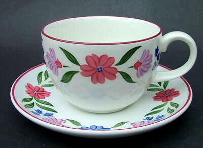 Discontinued Marks & Spencer Cranbrook Pattern Tea Cups & Saucers Look in VGC