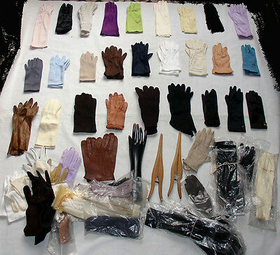 Lot of 60 pair of gloves hand display glove's stretcher