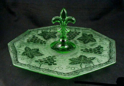 Fostoria Green GRAPE BROCADE Center Handle Tray