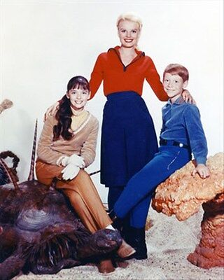 LOST IN SPACE TELEVISION PHOTO 8x10 Photo wonderful pic 27735