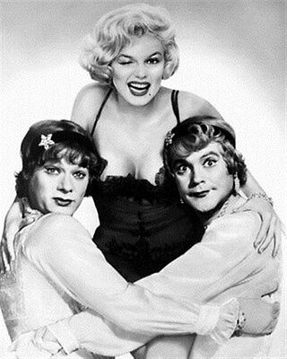 SOME LIKE IT HOT MOVIE PHOTO 8x10 Photo nice pic 186543