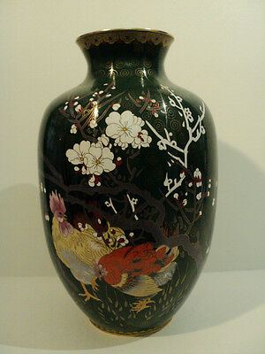GORGEOUS LARGE CHINESE CLOISONNE ENAMEL VASE w/ CHICKEN / ROOSTER DECORATION