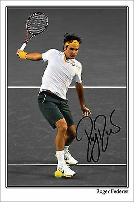 * ROGER FEDERER * Large signed poster of tennis star! Great gift or memorabilia!