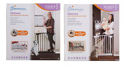 New Dreambaby Chelsea Swing Closed Security Baby Pet Safety Gate Dream
