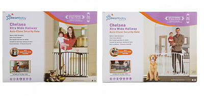 New Dreambaby Chelsea Extra Wide Swing Closed Hallway Baby Pet Safety Gate Dream