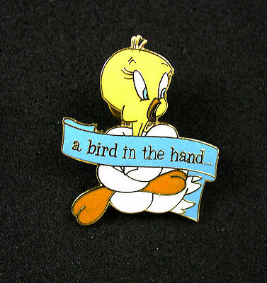 Tweety Bird A Bird In The Hand WB Collectors Licensed Pin