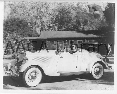1934 Ford Roadster, Factory Photo (Ref. # 41901)