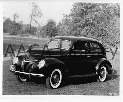 Factory Photo Ref. # 42067 1939 Ford Deluxe Tudor