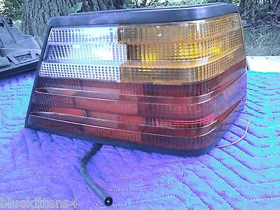 1991 1990 Mercedes Benz 300 Ce Series Right Taillight Used Oem 124 820 06 64 R