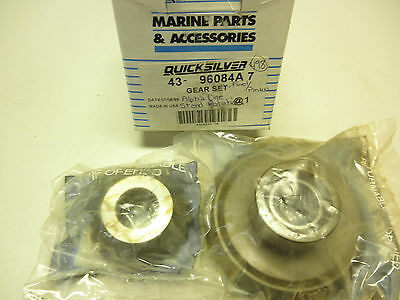 Mercury Quicksilver Forward Gear Set 43-96084A7 Alpha 1 Std Rotation 17-28 Teeth