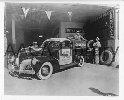 1939 Studebaker K5 Coupe Express Truck, Tire Store, Factory Photo (Ref. #78032)