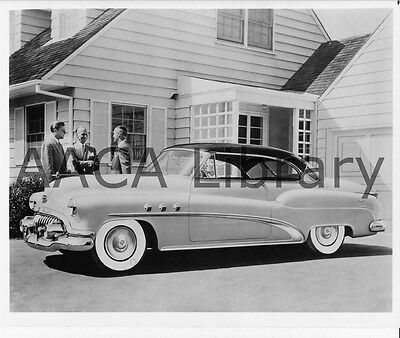 Factory Photo Ref. # 28462 1954 Buick Model 56R Super 2-dr Riviera by School