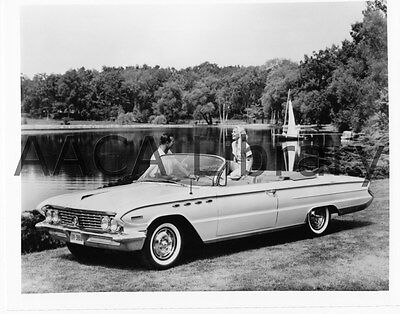 1961 Buick Model 4867 Electra 225 Conv. Coupe, Factory Photo (Ref. # 28601)