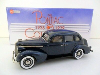 PONTIAC COLLECTION 1/43 PC01 '37 PONTIAC DELUXE SIX 4DR TOURING SEDAN BLUE POLY