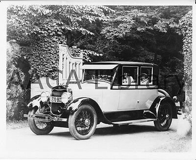 1926 Lincoln Five Passenger Coupe, Factory Photo (Ref. #53127)