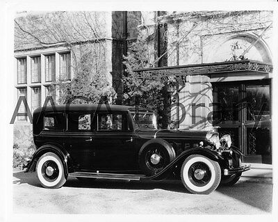1932 Lincoln KB Willoughby Limousine, Factory Photo (Ref. #53200 A)