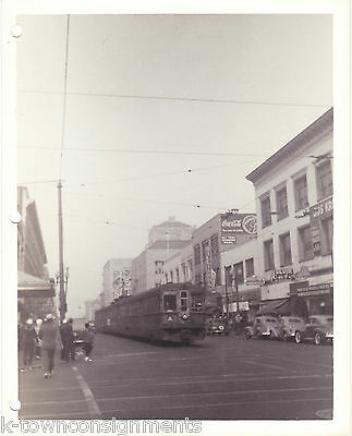 THE A TRAIN OAKLAND CALIFORNIA VINTAGE WWII SOLDIERS 1940s SNAPSHOT PHOTO