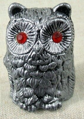 VINTAGE - SILVER & BLACK - OWL with RED EYES - Hard Plastic - MADE IN HONG KONG