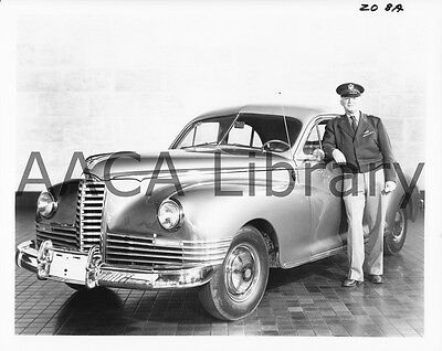 1946 Packard Clipper Touring Sedan + Hap Arnold, Factory Photo (Ref. #61941)