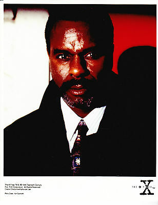The X-Files Authorized Promotional Color Photo Still - Mr. X - 1995